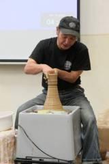 Beseda s japonským keramikem
