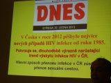 PŘEDNÁŠKY O AIDS A SOUCITU S TRPÍCÍMI